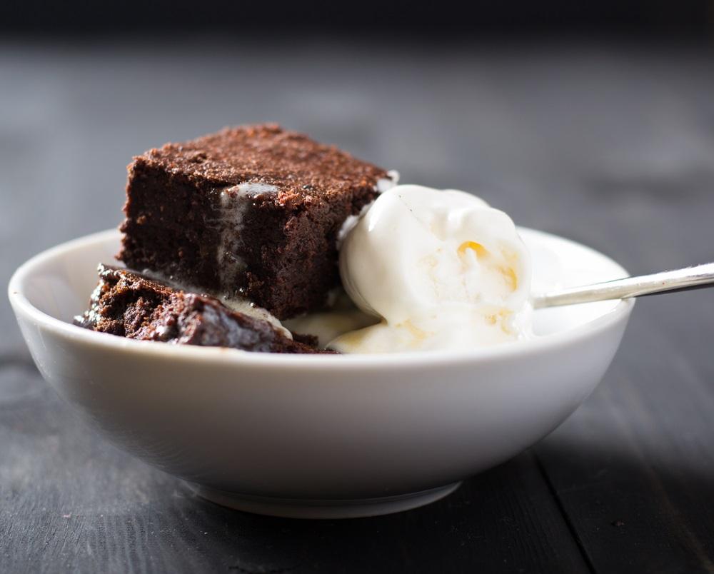 brownies shutterstock_247093414